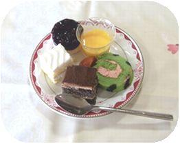 ケーキ盛り合わせ.jpg
